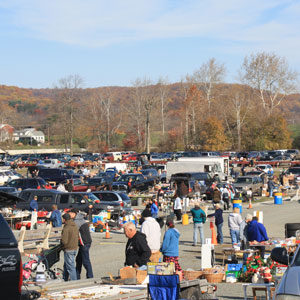 3 Mobile Apps to Find the Best Yard Sales, Thrift Shops & Flea Markets