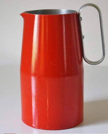 Red-pitcher-FI-375