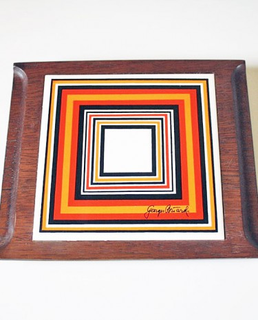 George Briard ceramic tile trivet on teak wood base